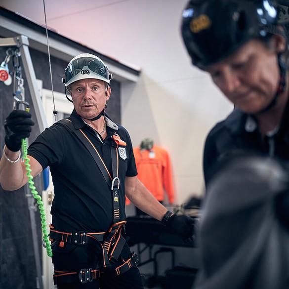 Fallskyddsutbildning – Grundkurs om fallskydd